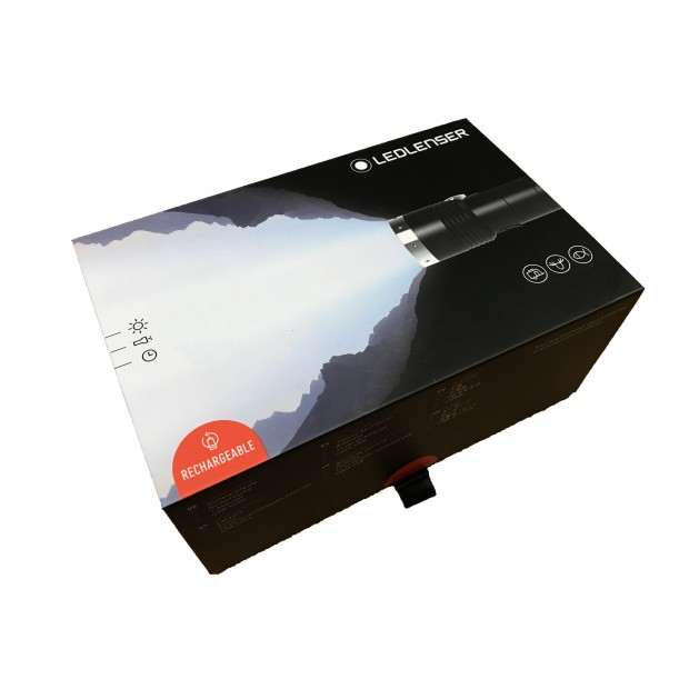Linterna Led Lenser MT14, 1000 Lúmenes y Recargable