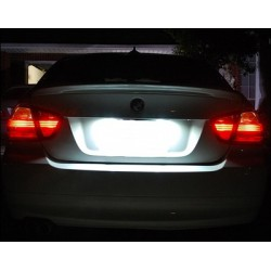 La retombée de plafond LED de plaque BMW de Série 6 E63 et E64 (2004 à 2011)