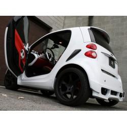 Gemalt von kleinen fahrzeug zweisitzig