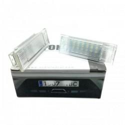 La retombée de plafond de LED d'immatriculation pour BMW X3 E83 (2003 à 2010)