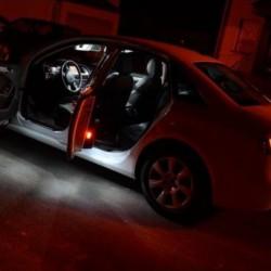 La retombée de plafond intérieur à led BMW i3