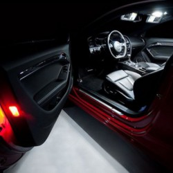 Painéis LED de pés e portas Mercedes-Benz - Tipo 2