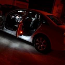 La retombée de plafond LED de pieds et les portes de Mercedes-Benz de Type 2