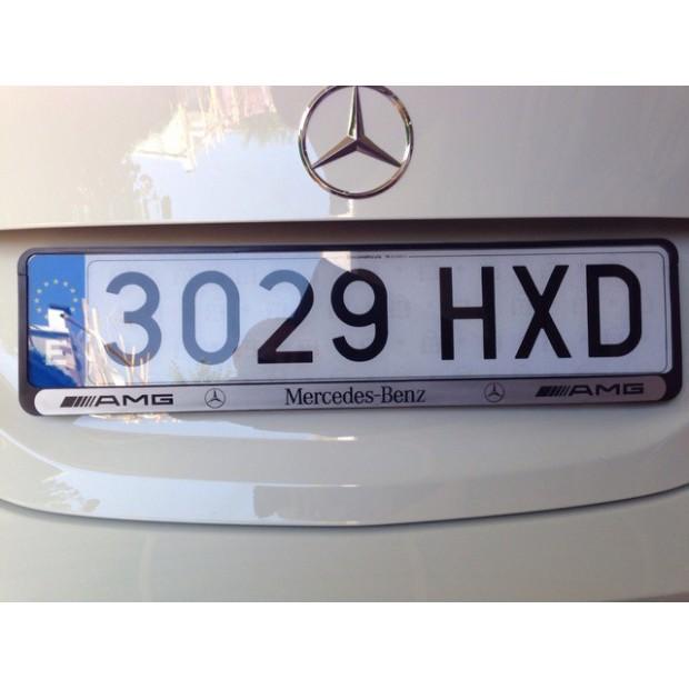 Matrícula acrílica homologada para automóvel