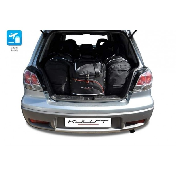 Kit suitcases for Mitsubishi Outlander I (2001-2006)