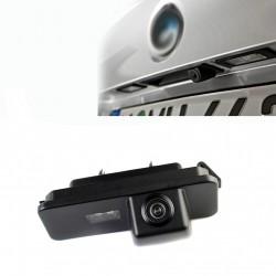 Câmera de estacionamento traseira Volkswagen Amarok (2010-)