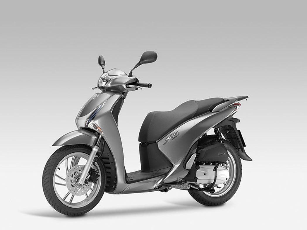 Honda-Scoopy-SH-125i-2013-lateral-izquierdo-13