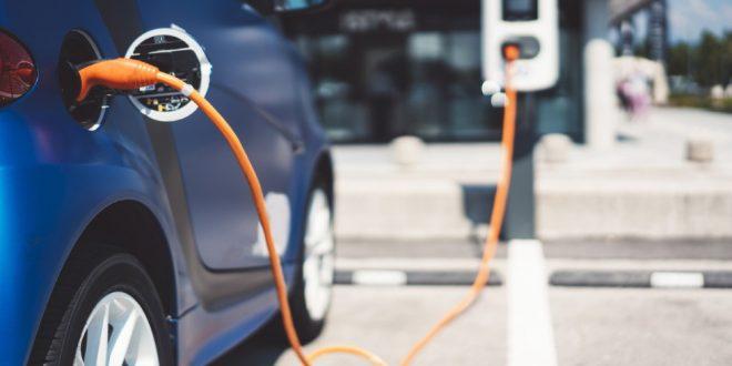 5d8878a00de69434423493c2-cuanto-cuesta-de-verdad-cargar-un-coche-electrico-en-casa-y-en-electrolinera