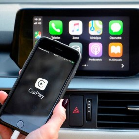 CarPlay Car - Connect your Iphone to the Car
