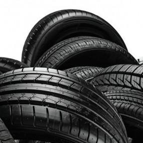 Productos de limpieza Neumáticos Coche