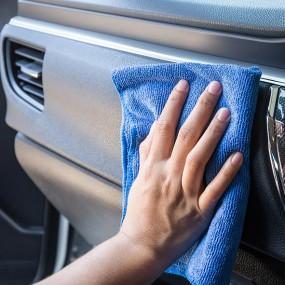 Les produits de nettoyage de la voiture en Plastique