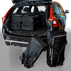 Fitted luggage for the car
